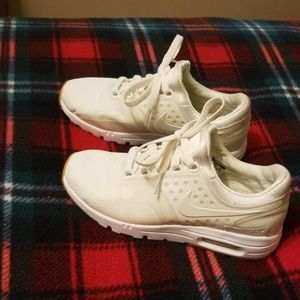 Girl's Nike Air Max